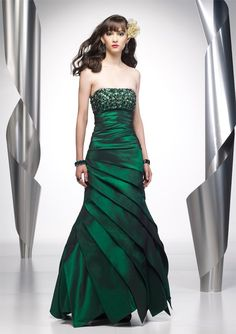 2f722954fe33 Hot sale Awesome strapless emerald color evening dress prom dress  SE141(China (Mainland)