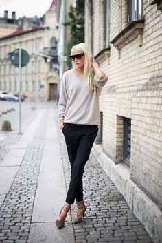 Beige kind of black. Ellen keeping it on the DL in Stockholm. #EllenClaesson
