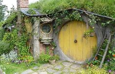 Hobbit House Designs - Inspiring Habitats for Hobbits...and Humans!