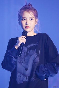 191102 IU at 'Love Poem' concert in Gwangju. Korean Actresses, Actors & Actresses, Snsd Yuri, Iu Fashion, Love Poems, Beautiful Person, Purple Hair, K Idols, Korean Singer