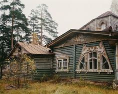 Village Klyazma (Moscow region), dacha I.Aleksandrenko, architect S.Vashkov (1908) (burned in the late 1990's.)