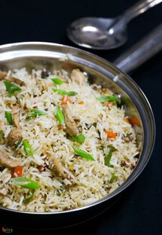 Chicken Fried Rice - Spicy World Simple and Easy Recipes by Arpita Veg Recipes Of India, Indian Food Recipes, Asian Recipes, Easy Recipes, Easy Meals, Cooking Recipes, Asian Foods, Rice Recipes
