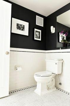 faience salles de bain noir et blanc, murs noirs dans la salle de bain
