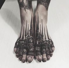 WOW! We've never seen a foot tattoo quite like this. #inked #feet #foot #tattoo #castle #toes #ink #thievesoftower