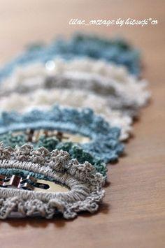 縁編み*ぱっちんピン(簡単編)の作り方|編み物|編み物・手芸・ソーイング | アトリエ|手芸レシピ16,000件!みんなで作る手芸やハンドメイド作品、雑貨の作り方ポータル