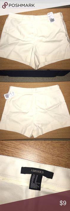 Woven High Waist Shorts Off-white woven high waist shorts with a zip on the side! Never worn! Beautiful material and form fitting!! Forever 21 Shorts