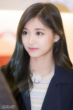 Cool Girl Images, Girl Pictures, Korean Beauty, Asian Beauty, Tzuyu Twice, Stylish Girl Pic, Le Jolie, Just Girl Things, Natural Face