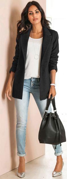 Love, love this longer jacket and handbag