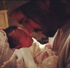 How sweet is this photo of new daddy Jake Owen and his daughter? Owen shared a photo of himself cradling his precious newborn Olive Country Singers, Country Music, Baby Olive, Lauren Alaina, Nashville News, Lisa, Baby Pearls, Jake Owen, Thomas Rhett