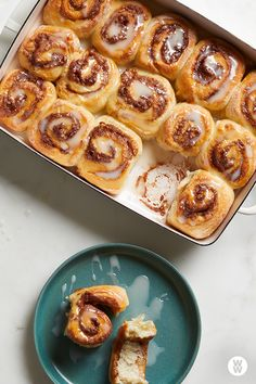Easy cinnamon rolls: The starting point for these indulgent cinnamon rolls is our two-ingredient dough, which we enrich with an egg, some vanilla extract, and a little powdered sugar. Plats Weight Watchers, Weight Watchers Breakfast, Weight Watchers Meals, Myfitnesspal Recipes, Weightwatchers Recipes, Ww Desserts, Dessert Recipes, Ww Recipes, Cooking Recipes