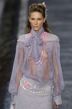 http://www.livingly.com/runway/Chanel/Paris Fashion Week Fall 2004