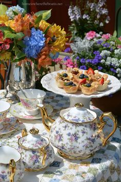 Vintage Tea Party with Flower Tartlets, quick and easy to make! | homeiswheretheboatis.net #tea #dessert