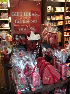 Sweet Valentines Day gift ideas | Laura Secord