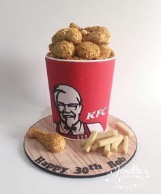 KFC chicken bucket and chips cake. By Jenelle's Custom Cakes. Kfc Cake, Beautiful Cakes, Amazing Cakes, Chicken Bucket, Dog Food Recipes, Cake Recipes, Cake Shapes, Cakes For Boys, Fondant Cakes