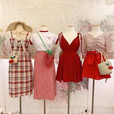 Kpop Fashion Outfits, Ulzzang Fashion, Korean Outfits, Korean Fashion, Girl Outfits, Kawaii Fashion, Cute Fashion, Look Fashion, Girl Fashion