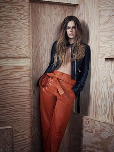 Riley Keough Loves Leather In Nathaniel Goldberg Images For Vogue Australia May 2015 — Anne of Carversville Elvis And Priscilla, Lisa Marie Presley, Priscilla Presley, Elvis Presley, White Fashion, Leather Fashion, Goldberg Images, Riley Keough, The Girlfriends