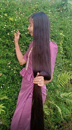 Really Long Hair, Super Long Hair, Loose Hairstyles, Pretty Hairstyles, Beautiful Long Hair, Asian Woman, Hair Goals, My Hair, Long Hair Styles