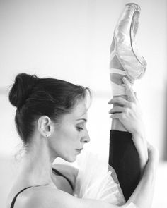 It looks so easy when @sonitta stretches! It takes Perseverance Passion and Patience. Learn the tricks from the ballet stars at www.zarely.co #ballerina #ballet #motivational #zarely