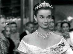 Mini Biografia de Audrey Hepburn - Obituário da Fama!