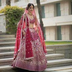 Stunning Anita Dongre Lehengas Spotted On Real Brides Pink Bridal Lehenga, Blue Lehenga, Wedding Saree Blouse, Emerald Green Dresses, Indian Fashion Dresses, Blue Bridal, Bollywood Fashion, Fashion 2020, Beautiful Bride