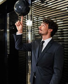 Mats Hummels in Hugo Boss Mats Hummels, Mr Perfect, Soccer Players, Hugo Boss, Sexy, Face, Suits, Boys, Model