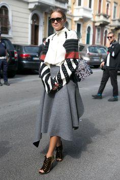 The Best Street Style Looks from Milan Fashion Week - Fashionista Modest Fashion, Boho Fashion, Milan Fashion, Fashion Outfits, Womens Fashion, High Fashion, Street Style Looks, Street Style Women, Cool Street Fashion