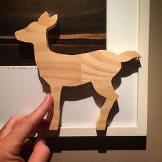 Faon en pin #ChristopheMoi #wood #diy #animals Dec 12, Moose Art, Instagram Posts, Diy, Animals, Baby Deer, Illustrator, Cabin, Noel
