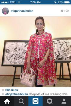 Batik Batik Fashion, Abaya Fashion, Ethnic Fashion, African Fashion, Blouse Batik, Batik Dress, Dress Batik Kombinasi, Batik Kebaya, Indian Designer Wear