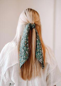 Bandana Scarf - Teal Floral — James + Alma Clothing - A & C Glamour Salon - Hair Styles Headband Hairstyles, Pretty Hairstyles, Braided Hairstyles, Hairstyle Ideas, Party Hairstyle, Bangs Hairstyle, Simple Hairstyles, Wedding Hairstyles, Hairstyles Haircuts