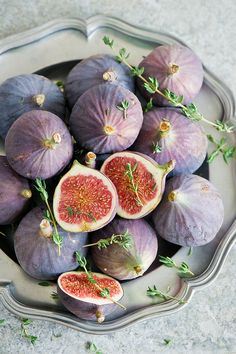 Figs on a Silver Tray Fruit And Veg, Fruits And Vegetables, Fresh Fruit, Fresh Figs, Healthy Fruits, Healthy Recipes, Fruits Photos, Beautiful Fruits, Food Photography Tips