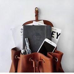 ミニバッグの中身って何入れてる? #inmybag | GLITTY