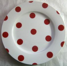 Decorative Dishes - Red White Polka Dots Dotted Retro Cake Plate, $19.99 (http://www.decorativedishes.net/red-white-polka-dots-dotted-retro-cake-plate/)--Kné.A.