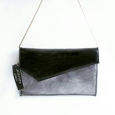 #summertimejoviin #joviin #spain #black #silver #negro #plata #summertime #handmade #bags #bolsos #madeinspain #madeineurope #leatherbag #bolsosdepiel #bolsosdemoda #bolsosdepiel #elche #alicante #costablanca #comunidadvalenciana #espana #europe #europa #city #moda #cuero