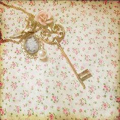 i ♥ old keys