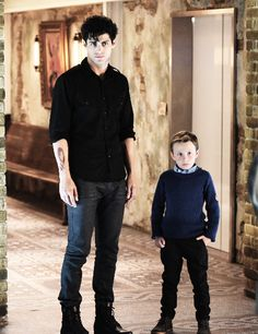 "Alec & Max Lightwood in 1x08 ""Bad Blood"""