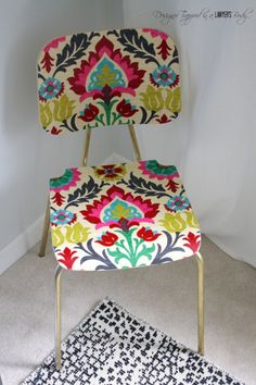 "How to ""upholster"" a chair with fabric and Mod Podge. ~ Come learn how to ""upholster"" a chair with fabric and mod podge for a BOLD look on a small budget! Decoupage Furniture, Furniture Projects, Furniture Makeover, Painted Furniture, Diy Furniture, Diy Projects, Simple Projects, Decoupage Ideas, Wooden Chair Makeover"