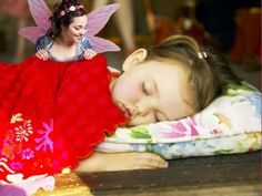 10 Ways to Prove the Tooth Fairy Exists #parenting http://www.ivillage.com/tooth-fairy-ideas-how-prove-tooth-fairy-real/6-a-533604