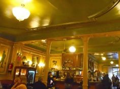 Café de l'Opera – Operatic opulence Barcelona, Local Bars, Cool Cafe, Great Coffee, Cafe Bar, Coffee Shop, Cool Stuff, Place, Coffee Shops