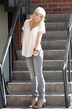 Emily Osment - cute outfit