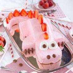 Enkel och snabb draktårta med jordgubbar - Fixa Själv Birthday Parties, Birthday Cake, Fika, Unicorn Birthday, Cake Designs, Cookie Decorating, Food Inspiration, Deserts, Ice Cream