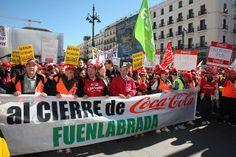 El alcalde acompañó a los trabajadores de Coca cola en su marcha a la Puerta del Sol