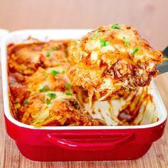 Super einfacher Hühnchen-Enchilada-Auflauf   23 super leckere Gerichte, die Du schnell zubereiten kannst