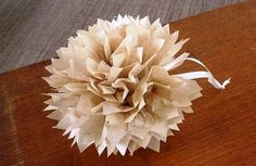 A super easy craft project & fun decorating idea for home or a special occasion, see how to make these stunning pom poms with this step-by-step tutorial. Easy Craft Projects, Easy Crafts, Easy Diy, Projects To Try, Tissue Paper Pom Poms Diy, Decoration, Peace And Love, Gift Wrapping, Crafty