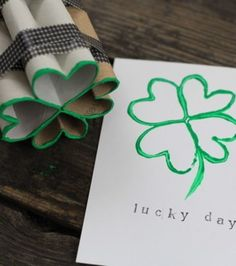 toilet paper roll four leaf clover shamrock stamp Lucky day! St Patrick's Day Crafts, Holiday Crafts, Holiday Fun, Crafts For Kids, Diy Crafts, Halloween Crafts, Mason Jar Crafts, Mason Jar Diy, Lucky Day