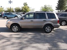 Car brand auctioned:Honda Pilot 4dr 4WD EX-L 2004 210 k leather third row dealer trade absolute sale 1.00 no reserve look