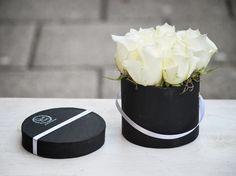 Mini Black & White rózsadoboz