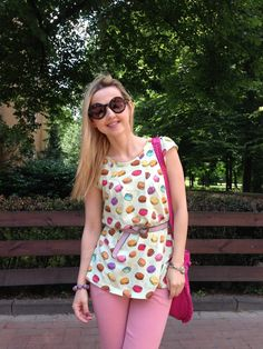 Ladurée Macarons always with Me http://www.hannoverfashion.com/outfit/laduree-macarons-always-with-me/