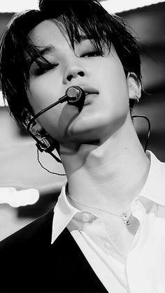 Jimin (Park Jimin) BTS / Bangtan Sonyeondan / Bangtan Boys / Beyond The Scene (지민 (박지민) 방탄소년단) Bts Jimin, Jimin Hot, Bts Bangtan Boy, Jhope, Park Ji Min, Foto Bts, Yoonmin, Jikook, K Pop