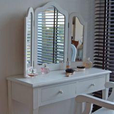Schminktisch MADRID, weiß, 3 schwenkbare Spiegel, inkl. HOCKER kaufen