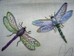 I ❤ embroidery . . . Dragonflies~ The creator of these beauties is Chris Richards of Ella's Craft Creations
